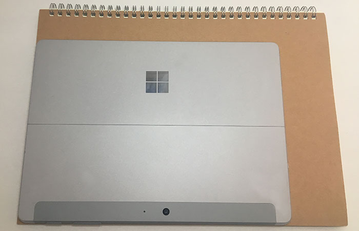 Surface GO サイズ感
