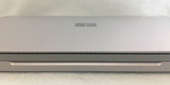 Surface book2 15 正面