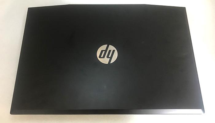 HP Pavilion Gaming 15 表面