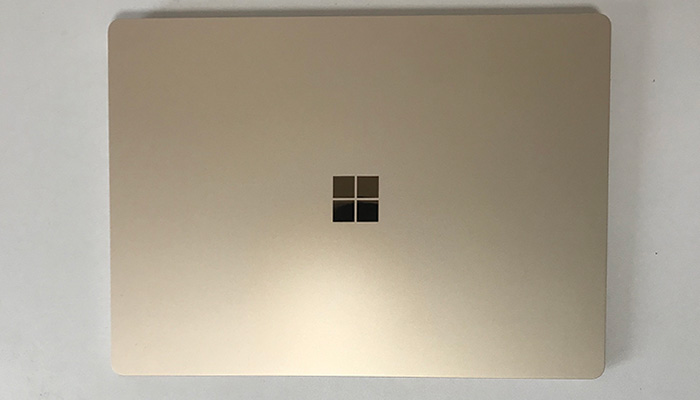 Laptop3 天面