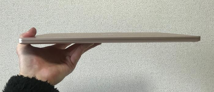 Laptop3 薄さ