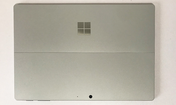 Surface Pro7 背面