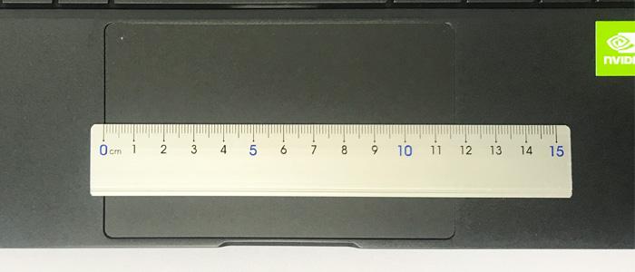 DAIV 4N タッチパッド幅