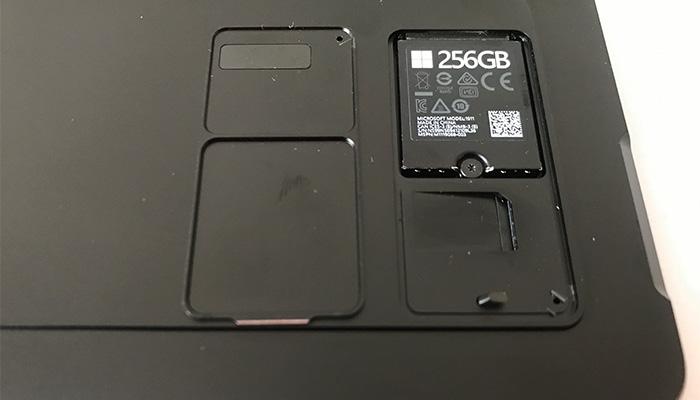 Surface Pro X SIMカード