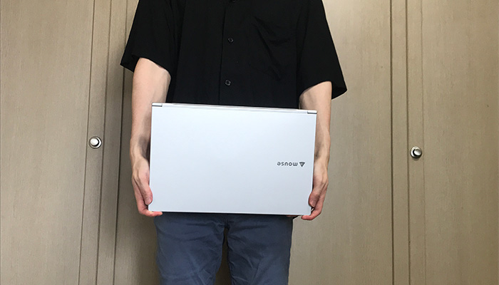mouse X5 手で持った感じ