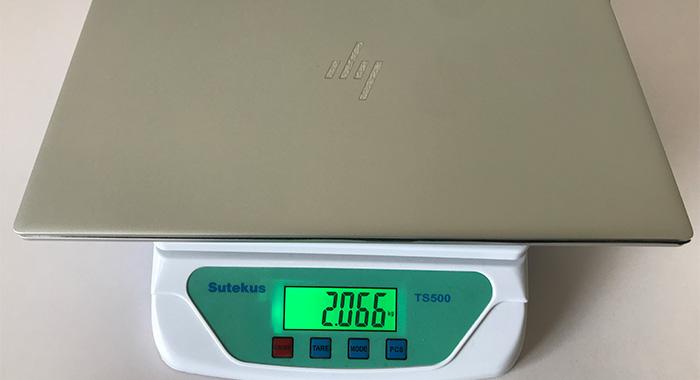 HP ENVY 15 重量