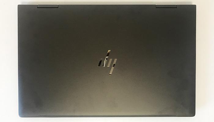 HP ENVY x360 13 天面