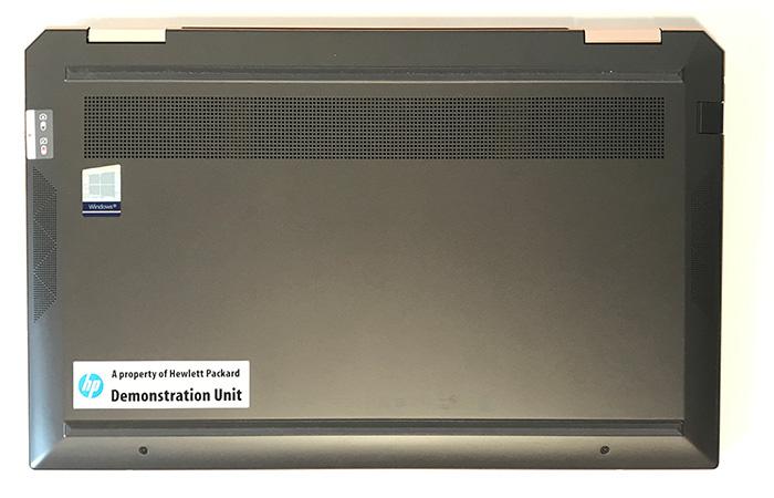 Spectre-x360-13の底面