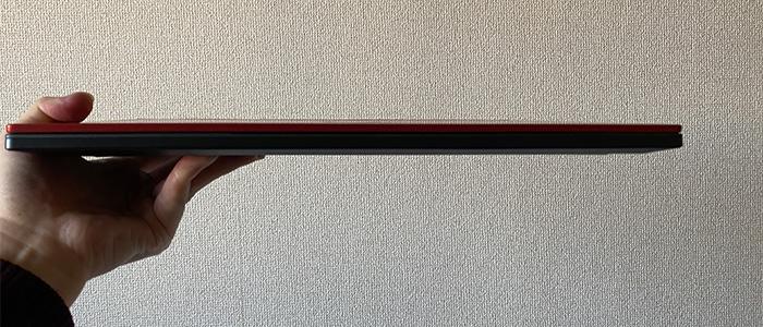 X5-R7 薄さ