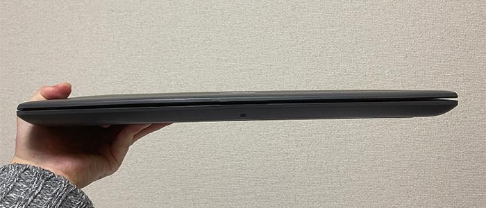 HP 250 G7 薄さ