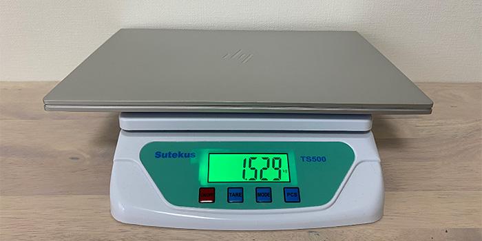 HP ENVY 14-ebの本体重量