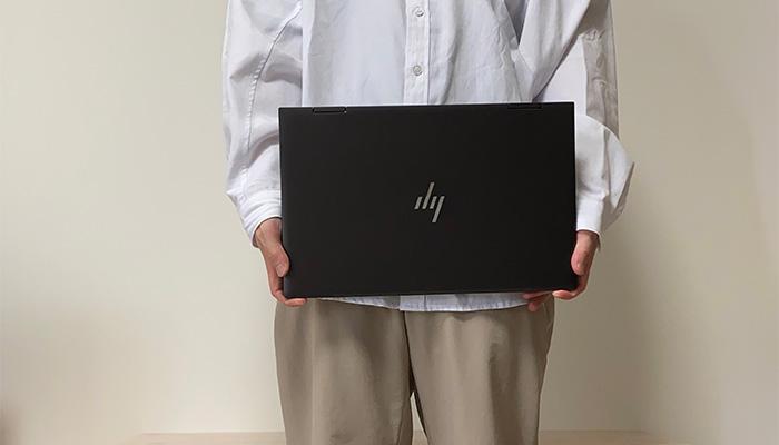 HP-ENVY-15eeの手で持った感じ