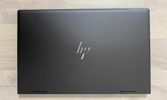 HP-ENVY-15eeの天面
